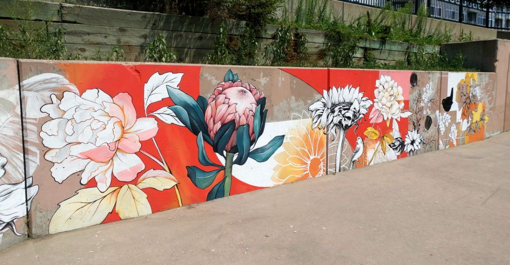 Go to the Blooming Wall page