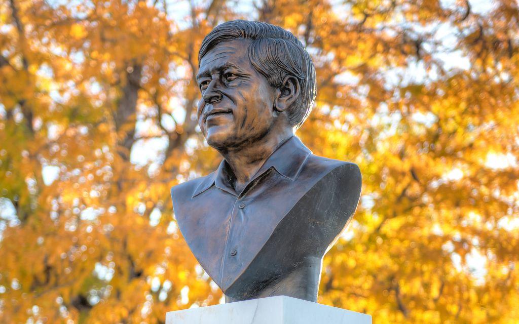 Go to the César E. Chávez: Labor Leader and Civil Rights Activist page