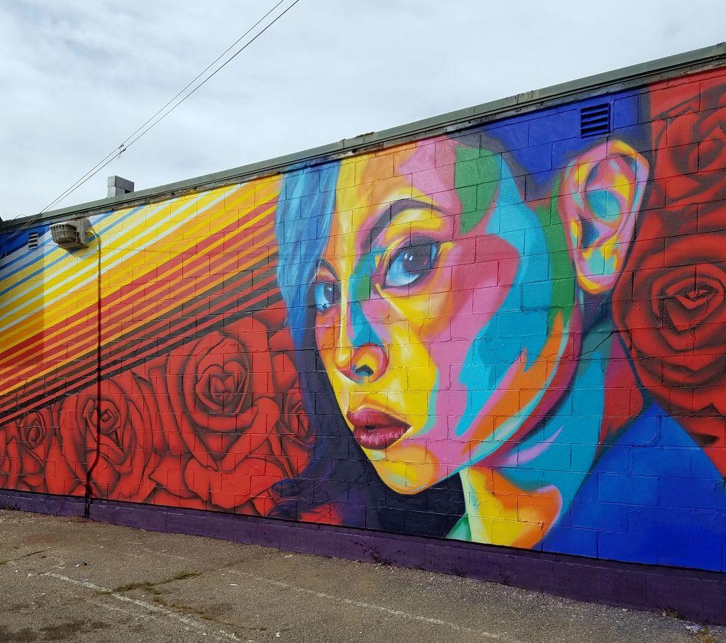 Go to the Villa Park Mini Mart Mural page